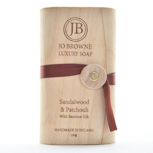 JO BROWNE Luxusní mýdlo Woody JO BROWNE