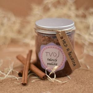 Tvoja kozmetika Medovo-skořicový tělový peeling 300 ml