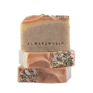 Almara Soap Ručně vyráběné mýdlo Peeling Walnut